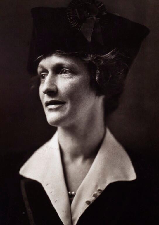 Nancy-Astor-National Portrait Gallery