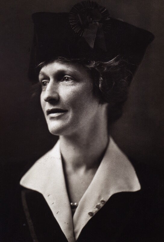 Nancy-Astor-Viscountess-Astor